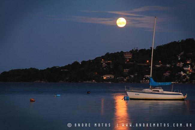 Lua na Lagoa da Conceição - Florianópolis